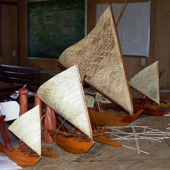 Model canoe different sizes