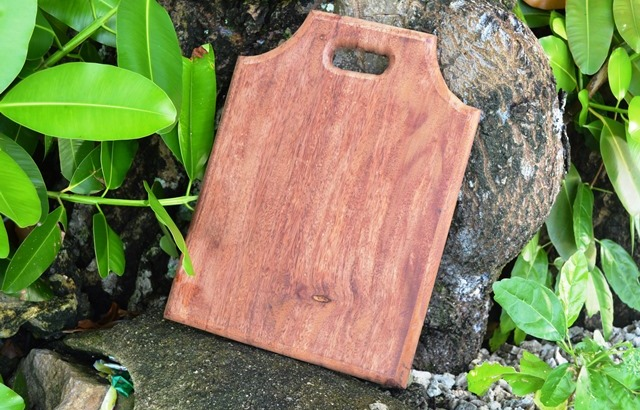 Chopping board made by WAM instructor Linton Baso.