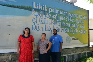 SAPT's Julia Alfred, WAM's Tolina Tomeing, and the artist Apo Leo. Photo: Karen Earnshaw