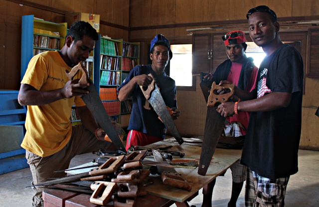 WAM Trainees Harris, Bilton, Antonio and Carvie doing inventory of tools. Photo: Tolina Tomeing