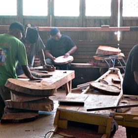 GEF trainees prepare wood for carving projects. Photo: Sealend Laiden