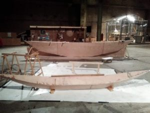 Outrigger float side by side with the main canoe Photo: Esther Kokmeijer